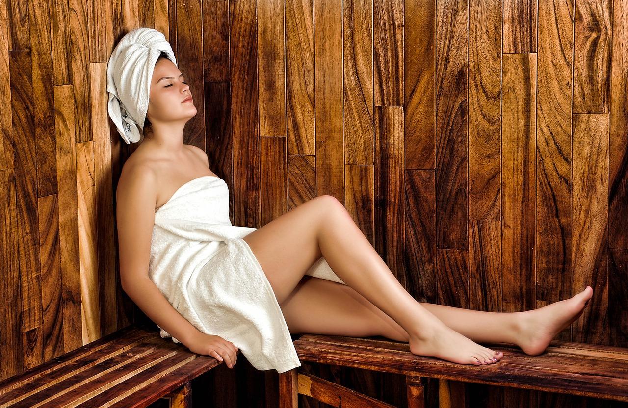 sauna shower vs steam shower